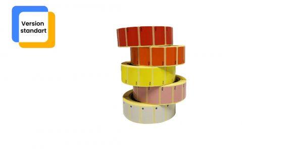 Pile de rouleaux d'étiquettes uniques